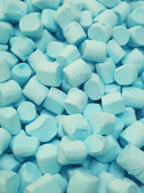 mini blue raspberry flavour mallows