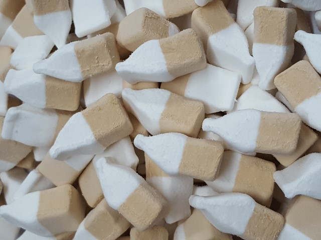 cola flavour bottle shape mallows