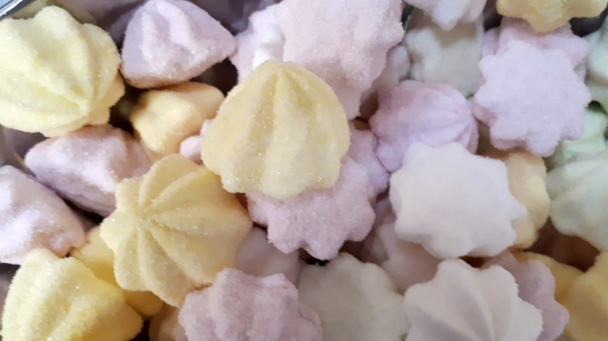 marshmallows fizzy fruity flavours (both products are the same, choose either)